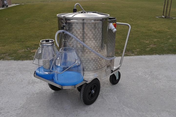 Milk Taxi for calves with pasteuriser